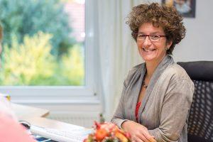 Dr. med. Uta Annweiler, Fachärztin für Allgemeinmedizin Akupunktur – Palliativmedizin, Lehrbeauftragte der Universität Göttingen