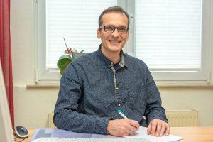 Dr. med. Andre Puls - Facharzt für Anästhesie und Intensivmedizin Weiterbildungsassistent Allgemeinmedizin.
